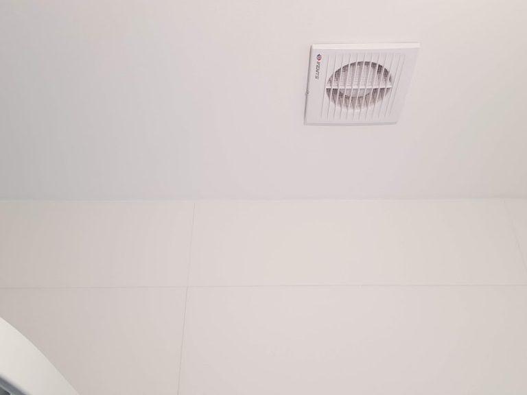 ventilator v kupelni
